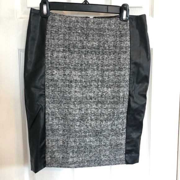 NEW Calvin Klein | Tweed & Faux Leather Skirt | 6